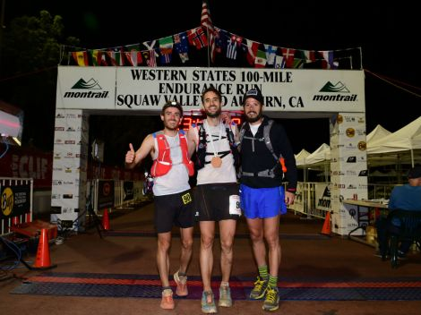 WS 100 is gone - 23h47min - Nico and Joel with me at the finish line