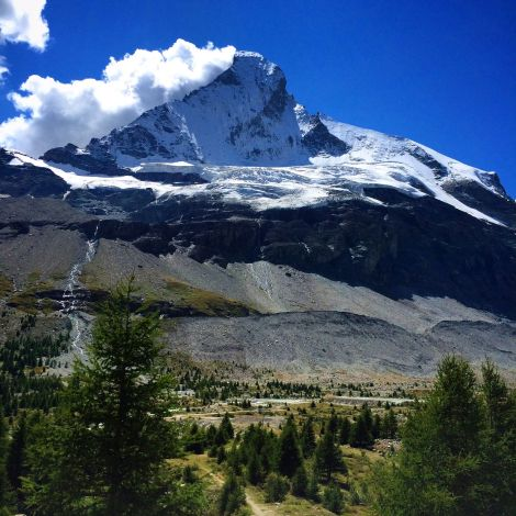 Nordost Flanke des Matterhorns © Joel Meredith